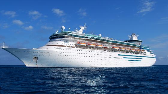 Los salarios en los cruceros son en dólares y tienes la oportunidad de ganar buena propina